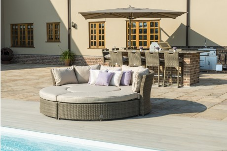 Maze Rattan Winchester Chelsea Outdoor Sofa Set with Rising Table & Daybed