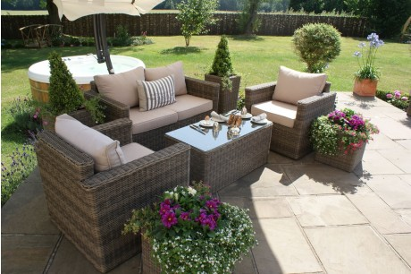 Maze Rattan Winchester Square Garden Sofa Set With Two Armchairs