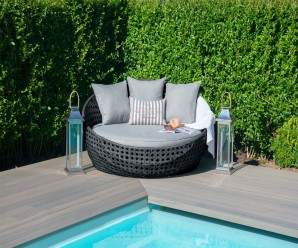 Maze Rattan Amore Daybed - Mixed Grey Colour