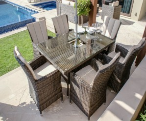 Maze Rattan LA 6 Seat Rectangular Garden Dining Set with a Luxury Inset Ice Bucket - Image 1