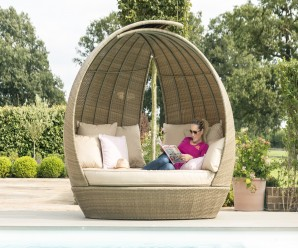 Maze Rattan Lotus Garden Furniture Daybed