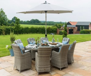 Maze Rattan Oxford 8 Seat Oval Ice Bucket Dining Set With Lazy Susana and a parasol hole