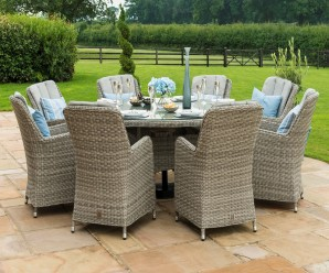 Maze Rattan Oxford 8 Seat Round Garden Dining Set with Venice Chairs - Image 1