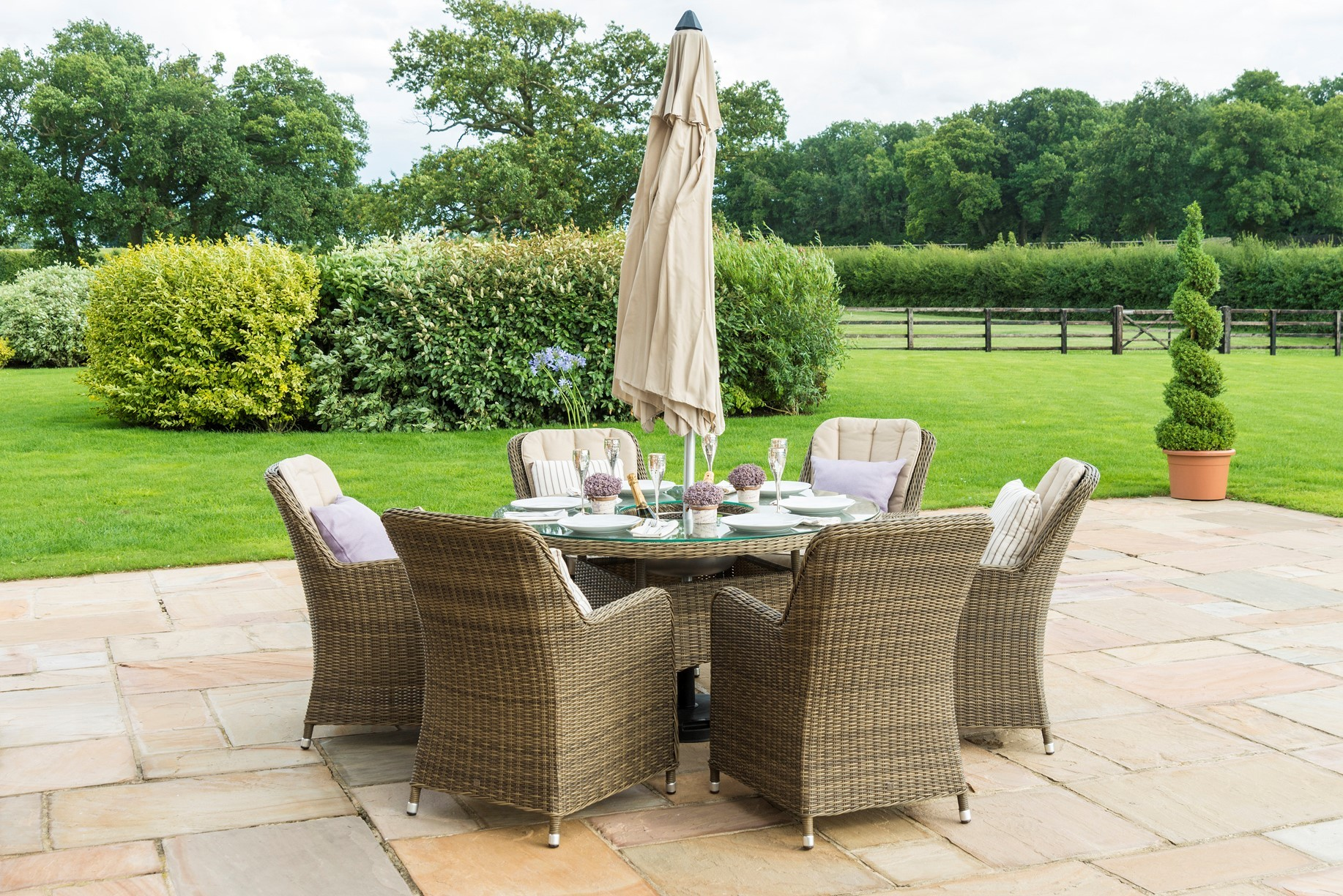Winchester 6 seat Round Ice Bucket Dining Set With Venice Chairs And Lazy Susan